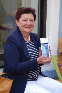 Eva Bönig bei der Verkostung des fairen freisinger Kaffees
